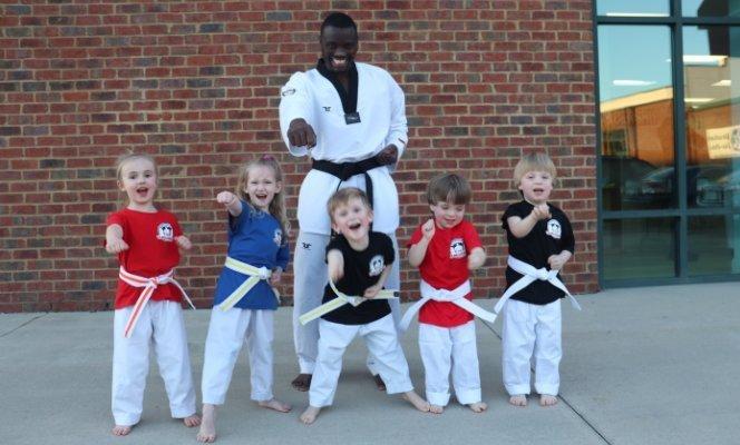 Master Hama with Little Dragon Taekwondo Class Kids